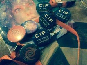 Spillette con il logo del CIF (Collettivo Italiano Fantascienza), il nome scelto per il gruppo. Sì lo so, è lo stesso nome del detergente.